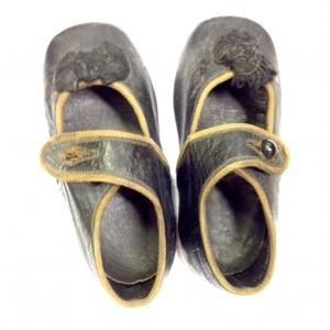 Child's shoes from the collection